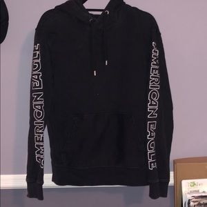 American Eagle pull-over hoodie black with white